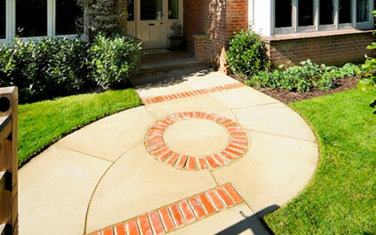 Gaden-design-patio-planning-a-pathway-landscapers