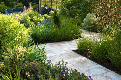 Surrey-garden-designer-contemporary-garden-design-Walton-on-Thames