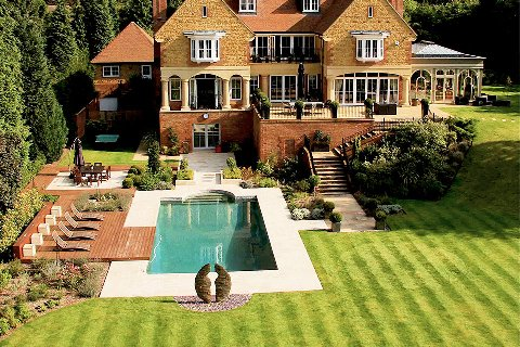 Surrey-garden-designer-house-developers-landscape-gardening-