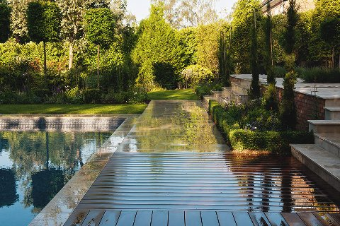 Surrey-garden-designer-swimming-pools-builders-landscape-design-